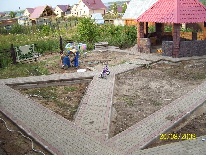 Как сделать площадку на даче из плитки фото